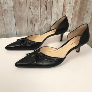 Ann Taylor 8 black d'orsay bow tie leather pumps